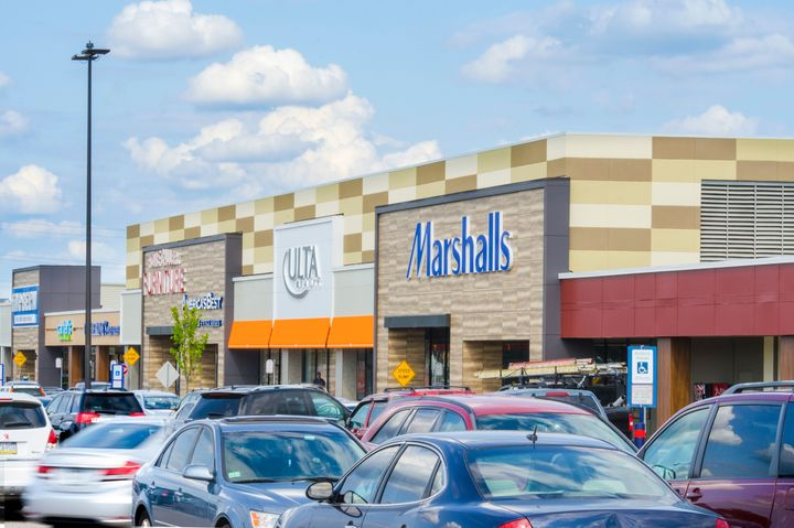 Northeast Shopping Center | Federal Realty Investment Trust