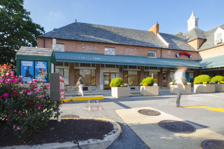 Sam's Park & Shop | Federal Realty Investment Trust