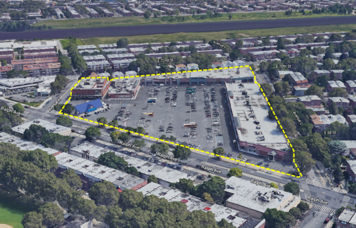 Georgetowne Shopping Center | Federal Realty Investment Trust